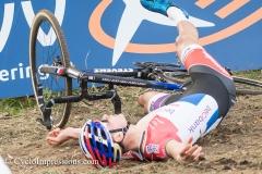 01-11-2017: Wielrennen: Veldrijden: dvv verzekeringen trofee: Koppenberg: Mathieu van der Poel: Batterij leeg