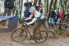 10-12-2017: Wielrennen: Druivencross: Overijse: Mathieu van der Poel met heel veel artistic capaciteit