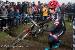 Azencross Loenhout