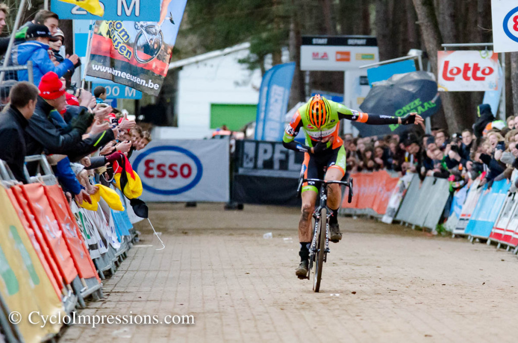 Wout van Aert salutes his own people